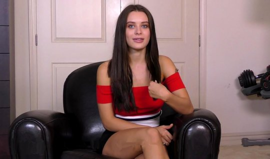 Pretty brunette gets fucked at the casting for the successful completi...