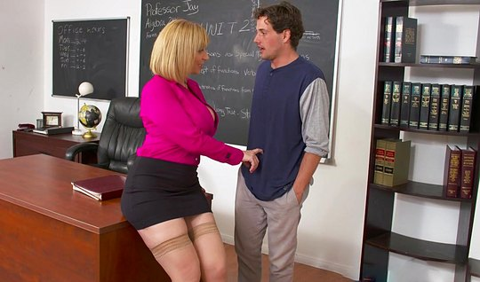 Lustful teacher seduced a student into hot sex in the office