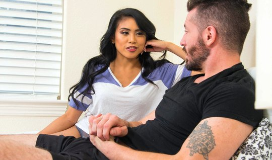 Dark-haired latina, kissing, unshaven guy and jumps on his penis...