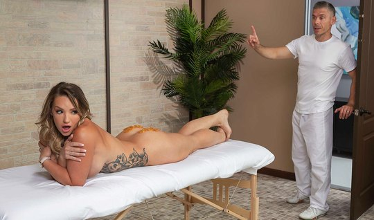 Girl with big milkings after the massage has substituted ass for anal ...