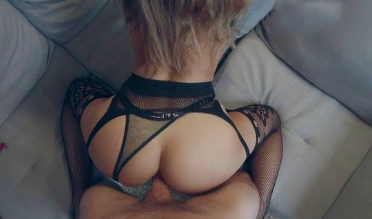 Homemade porn blonde in stockings with tight hot ass loving anal...