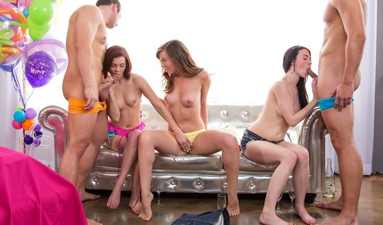 Sexy young Sluts love to have an Orgy with men...