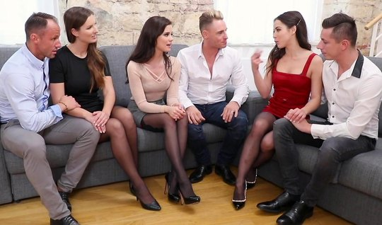 Three pairs of Swingers gave each other a party with groupsex...