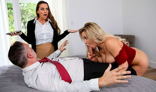 Girlfriend and her sister with big milkings gave the guy group fuck...
