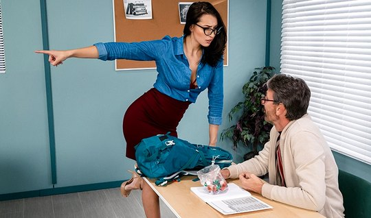 In the office brunette in glasses seduced her assistant on sex and cum...