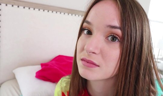 A young girl after a Blowjob spreads her slim legs for sex in the firs...