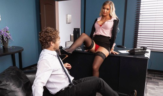 Tattooed slut in stockings right in the office come from sex