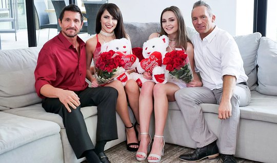 Two couples of Swingers during the Valentines Day arranged a group dat...