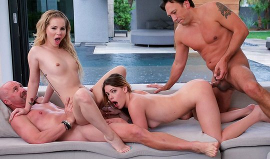 Two Babes and two guys have arranged in living room group sex...