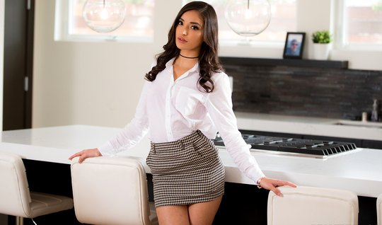 The secretary took off her gray skirt and had premium sex with the new...