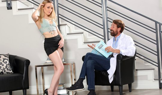 A bearded doctor licked a blonde pussy during a session and put a fat ...