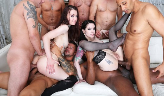 Guys stripped two tattooed girls and staged a unique orgy...