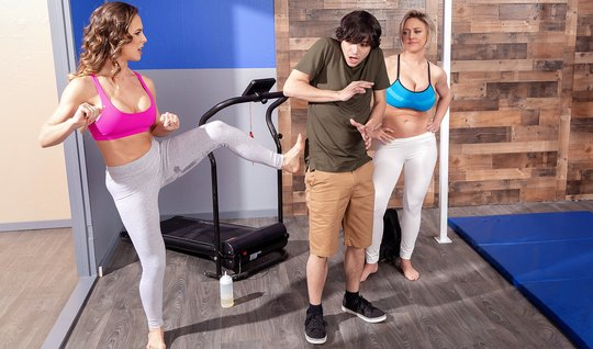 Two matures in brazzers leggings fulfill a dude's sexual fantasy...