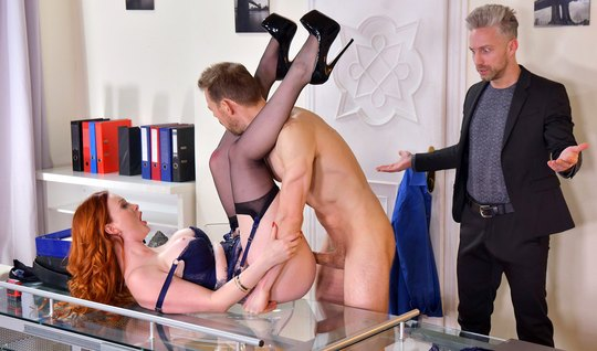 Redhead at work arranges a group sex with muscular colleagues and moan...