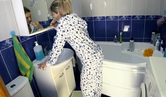 The guy lowered his pajamas at home in the bathroom with the girl and ...