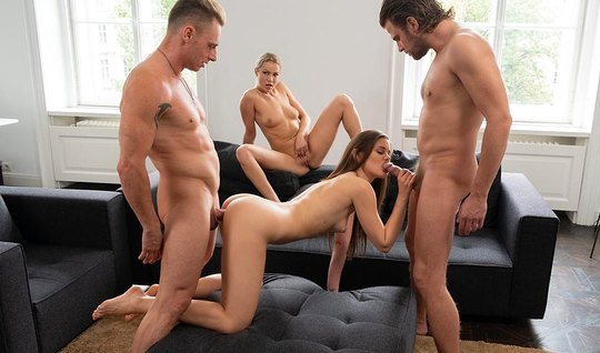 Swingers enjoy a cool group sex and get a real thrill...